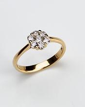 R-005 Blumen Ring  750 Gelbgold mit 0.48