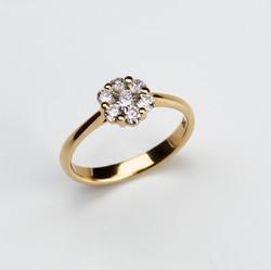R-005 Blumen Ring  750 Gelbgold mit 0