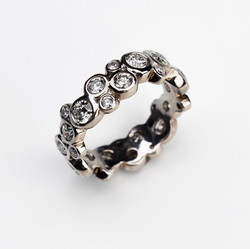 R-015_Luxus_Ring_750_Weißgold_18_Karat_m