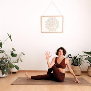 Yoga Vinyasa pour équilibrer le système digestif