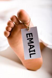 social-media-cant-kill-email-can-it-L-fjzPJg