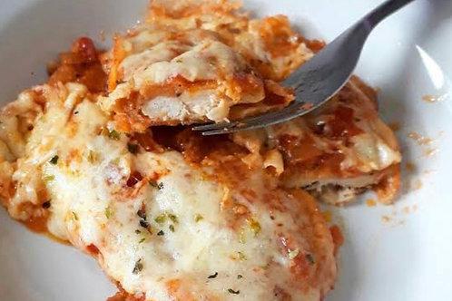 Parmegiana de frango ao forno sem farinha, sem glúten e sem lactose