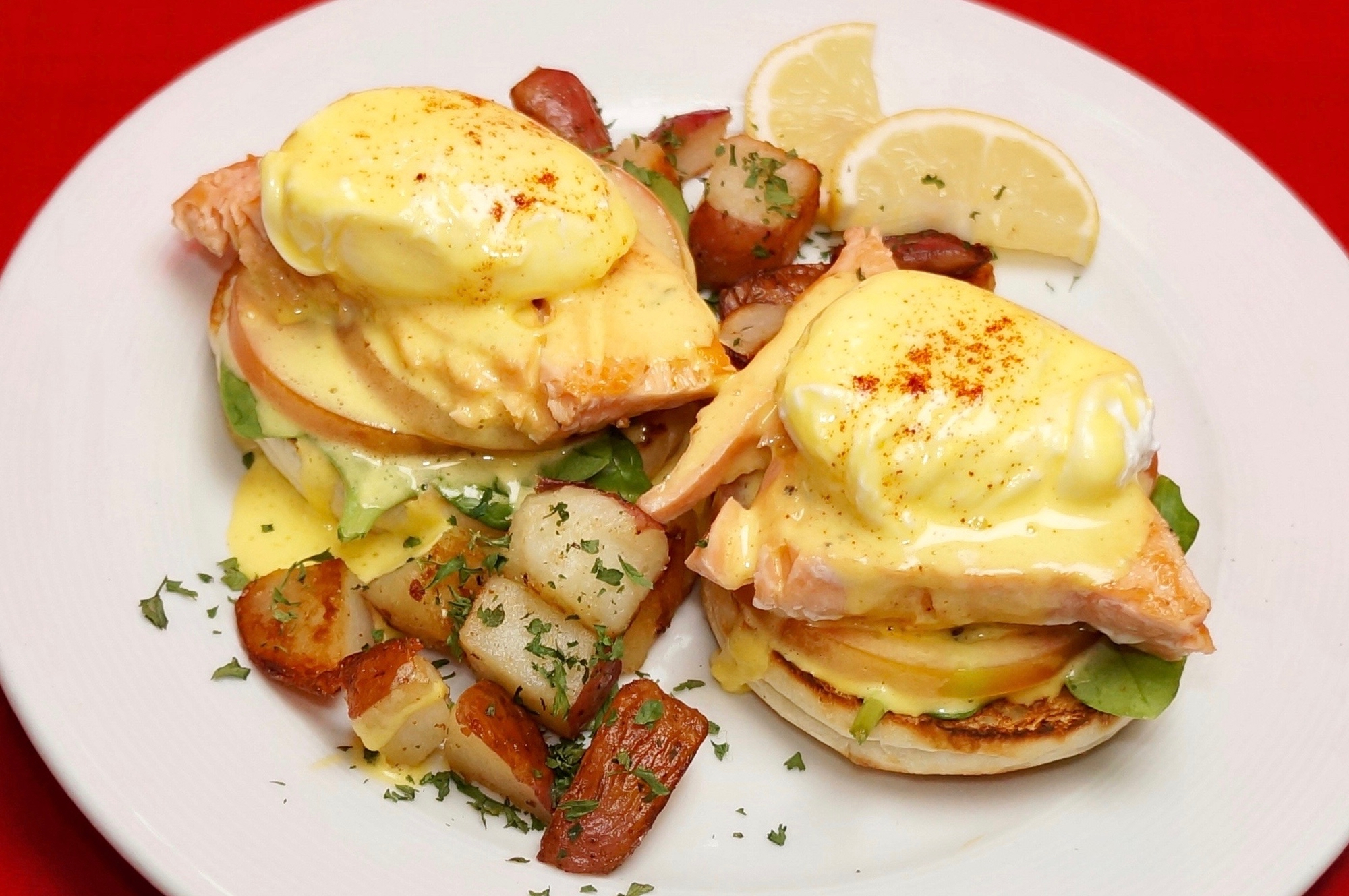 Salmon Benedict with Spinach & Tomatoes