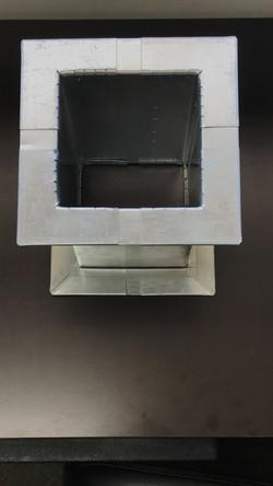 r corner on duct