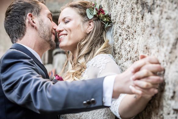Gefühlvolles Brautpaarshooting Hochzeitsfotografie Ellwangen