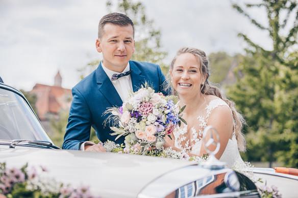 Glückliches Brautpaar Hochzeitsfotograf Dinkelsbühl