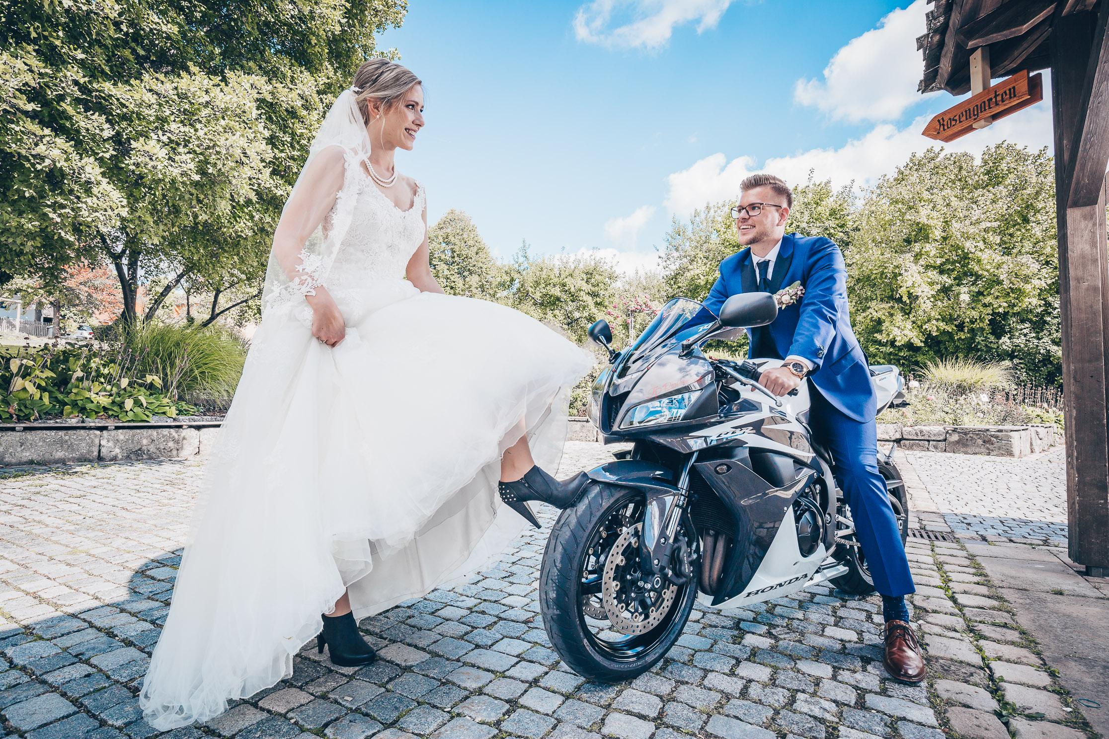 Hochzeitsfotograf Ellwangen Hochzeitsfotografie Sommerhochzeit
