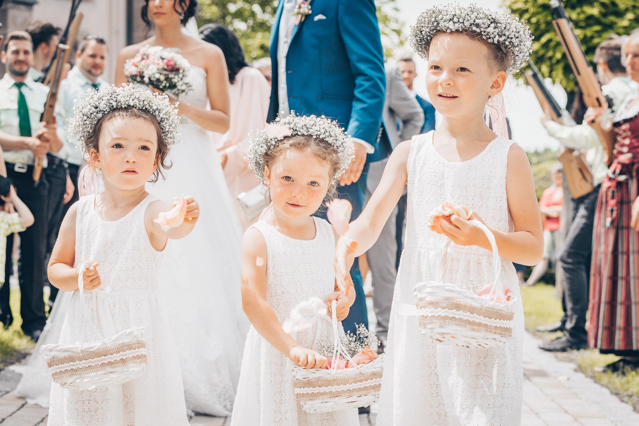 Hochzeitsfotograf Ellwangen Hochzeitsfotografie Blumenkinder