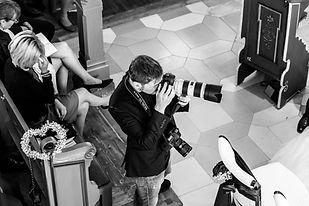 Fotografin, Hochzeitsfotografie, Hochzeitsfotografen Team, Hochzeitsfotograf, Hochzeitsfotograf Crailsheim, Hochzeitsfotograf Schwäbisch Hall, Hochzeitsfotograf Nürnberg, Hochzeitsfotograf Ingolstadt, Hochzeitsfotograf Augsburg, Hochzeitsfotograf München, Hochzeitsfotograf Starnberg, Hochzeitsfotograf Herrsching, Hochzeitsfotograf Aying, Hochzeitsfotograf Würzburg, Hochzeitsfotograf Ansbach, Hochzeitsfotograf Rothenburg, Hochzeitsfotograf Dinkelsbühl, Hochzeitsfotograf Stuttgart, Hochzeitsfotograf Tübingen, Hochzeitsfotograf Sinsheim, Hochzeitsfotograf Sindelfingen, Was kostet ein Hochzeitsfotograf, Budget Hochzeitsfotograf, Wie erkenne ich einen guten Hochzeitsfotograf, Wie erkenne ich gute Hochzeitsfotografie, Kosten Hochzeitsfotografie, Wie viel Budget muss ich für den Hochzeitsfotograf einplanen, Wie sehe ich im Brautkleid am besten aus, Tipps für Brautpaare, Gute Hochzeitsfotografen, die besten Hochzeitsfotografen, der beste Hochzeitsfotograf, Hochzeitsfotograf in meiner Region