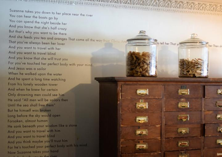 The chest of drawers in the hotel's business center and is loved by guests.