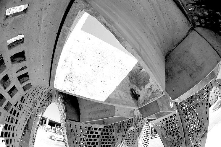 Thinness Pavilion Interior Single Skylig