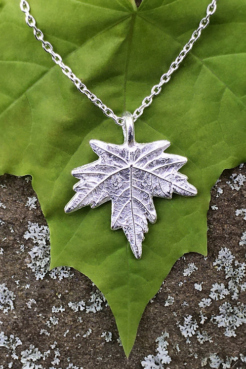 Fine Silver Maple Leaf