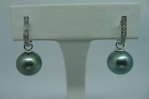Ohrstecker mit 12 mm Tahiti Perlen und Diamanten