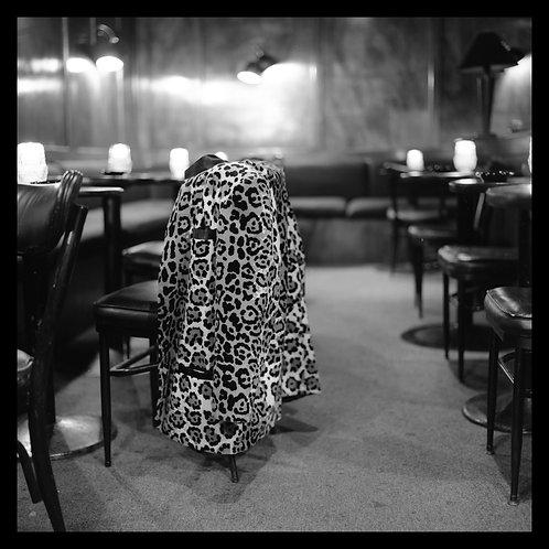 Title: Lounge Study IV, Los Angeles
