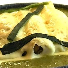 Enchiladas Nicos