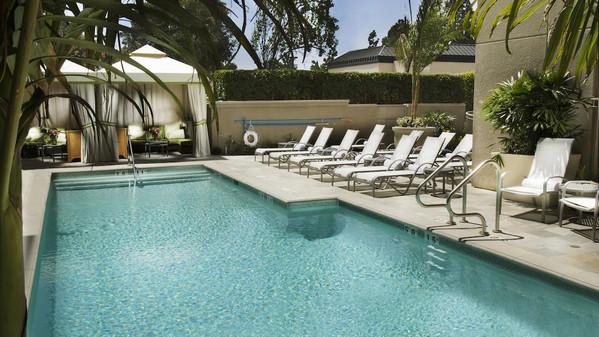 hotel amarano pool.jpg