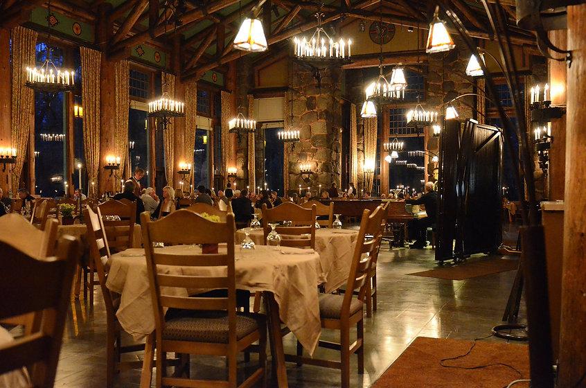 restaurant-237060_1920.jpg