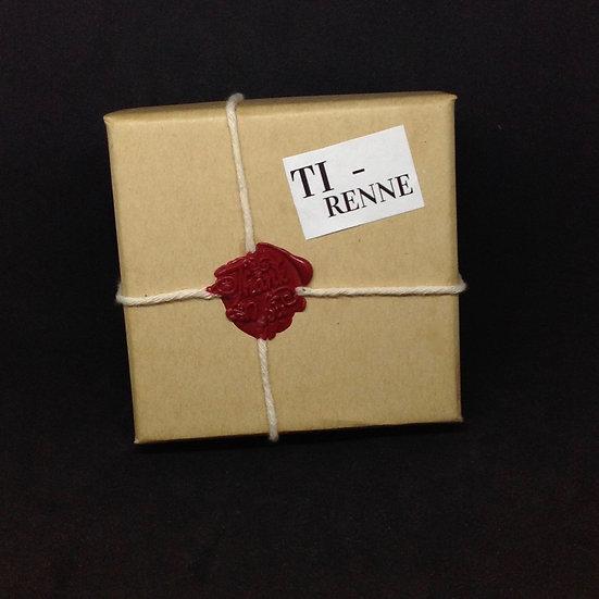 Surrender to No.6 Gift Set