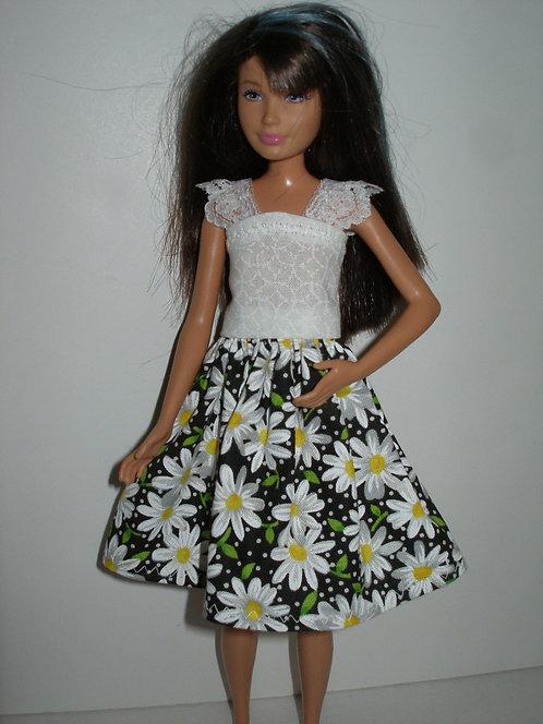 Skipper Black and White Daisy Dress