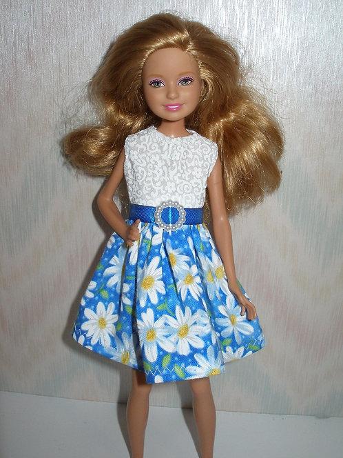 Stacie/Bratz Blue and white daisy dress