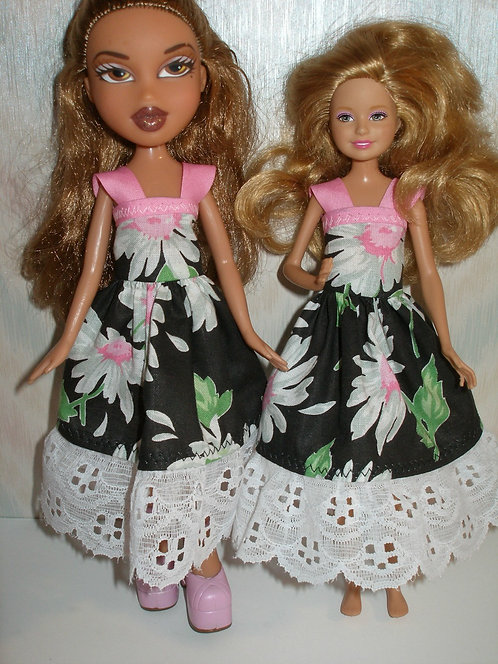 Stacie/Bratz black, white and pink daisy dress