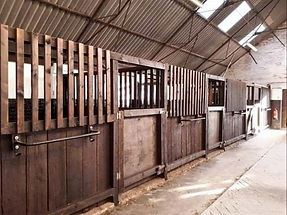 Westcroft farm light & airy stables
