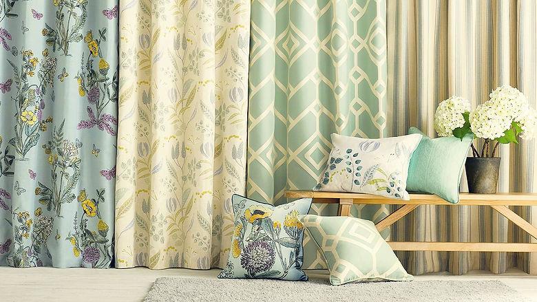 curtain_blinds.jpg