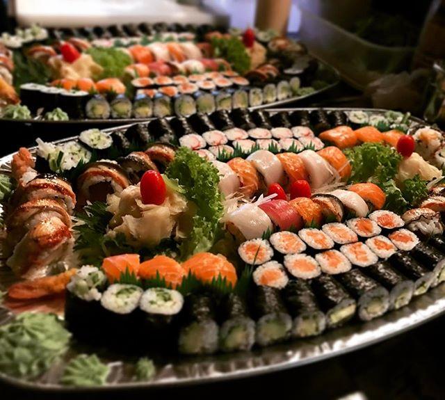 #partyplatter #sushi #oishiierkelenz #le