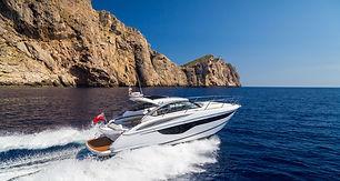 v40-exterior-white-hull-2a.jpg