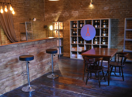 🇬🇧 Le Troquet: a unique concept store of French wine in Budapest