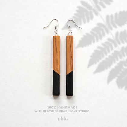 Black & Rimu - Sterling Silver Earrings