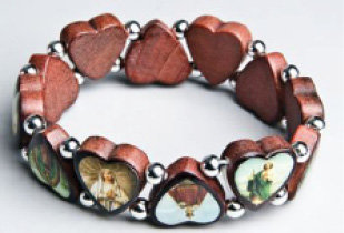 Bracelet wooden beads heart shape
