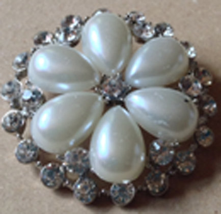 Brooch Round with Pearls and stones [24013]