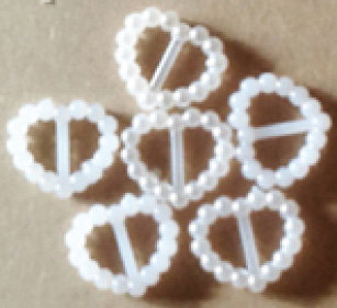 white plastic Buckles [54554]