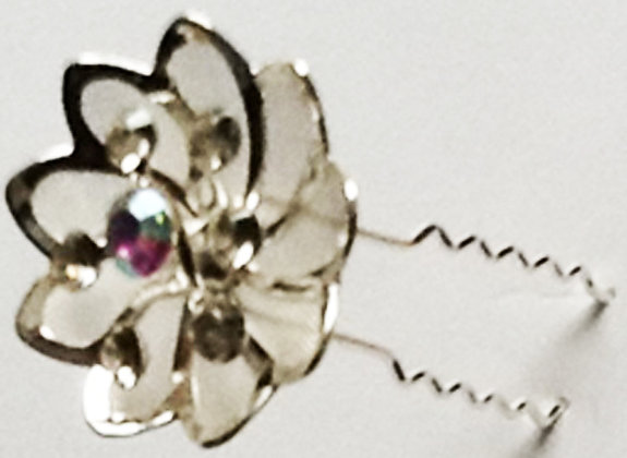 Hair pin Lotus/petal style with st