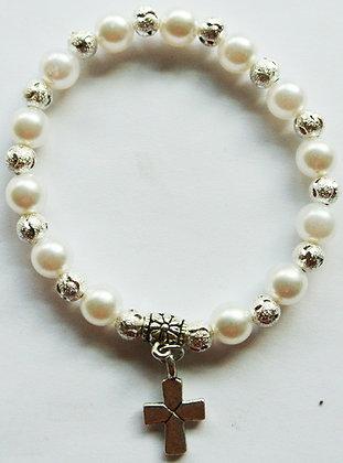 Pearl Bracelet w/ Cross