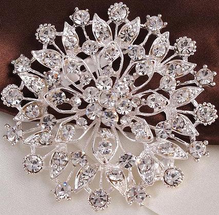 Brooch alloy silver flower shape