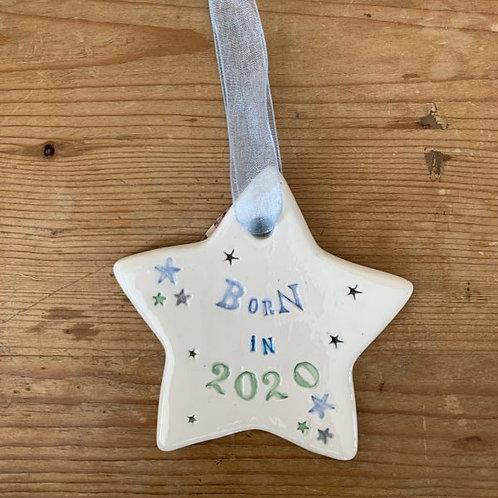 Hanging ceramic star born 2020