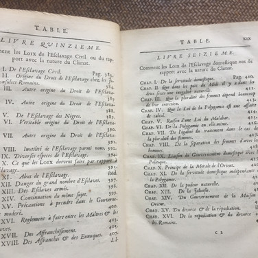 De L'esprit Des Loix by Montesquieu