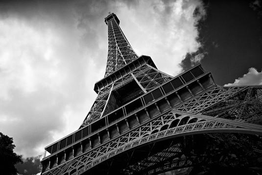 EiffelTower_0004bw-4x6.jpg