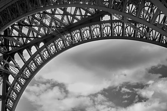 EiffelTower_0008bw-4x6.jpg
