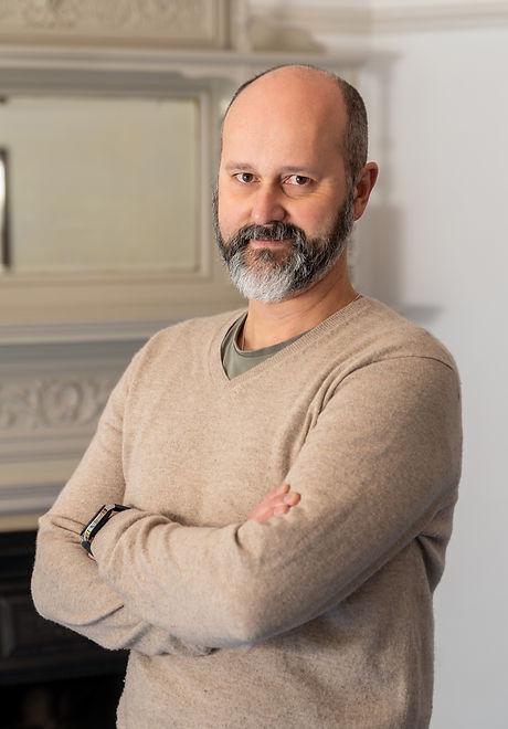 Professor Gustavo mindfulness coach