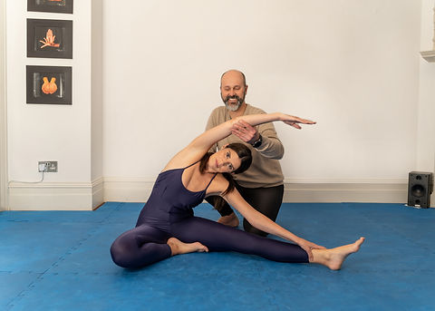 Learn breathing techniques learn how to control anxiety yoga classes in london exercise classes in kensington, get fit in kensington