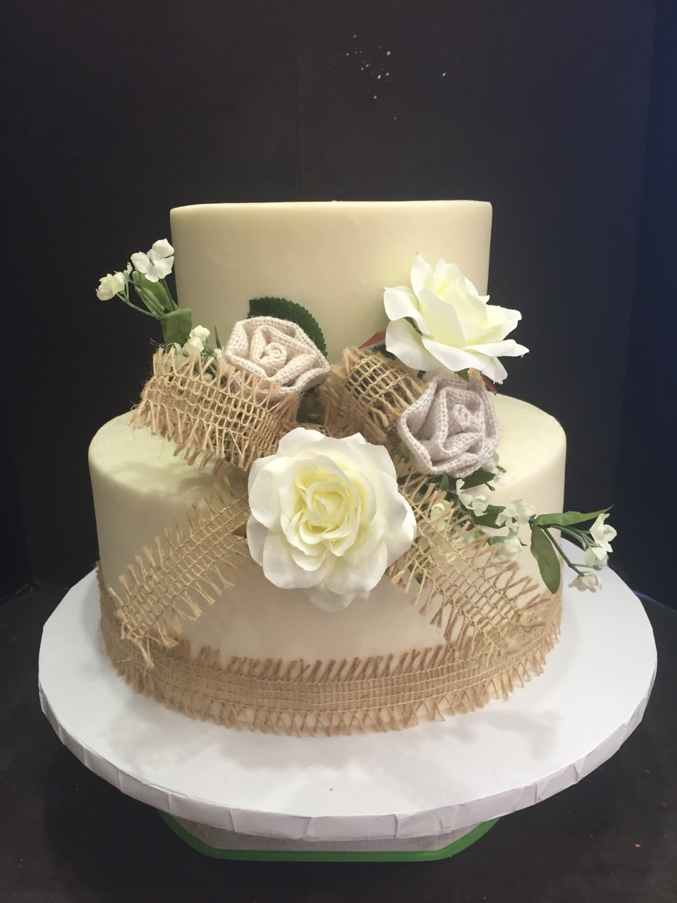 Burlap two tiered wedding cake
