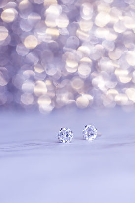 close-up-photo-of-diamond-earings-284974