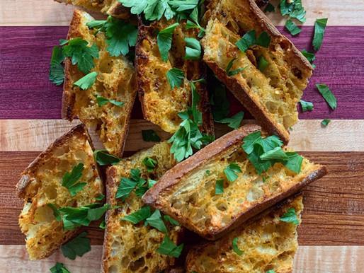 Grossy's Garlic Bread
