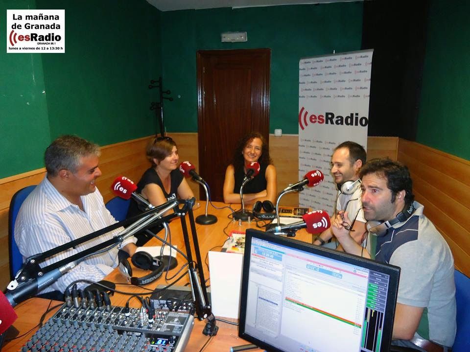 Pilar Sánchez en Es radio.jpg