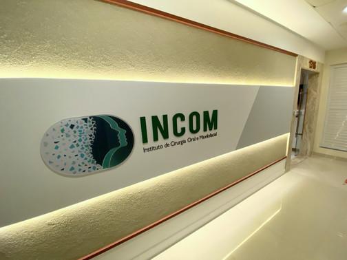 INCOM - Fachada