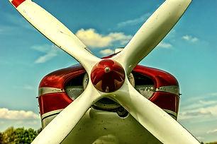 aeroplane-aircraft-airplane-414827.jpg