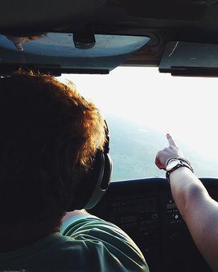 cockpit-flight-people-101522_bearbeitet.